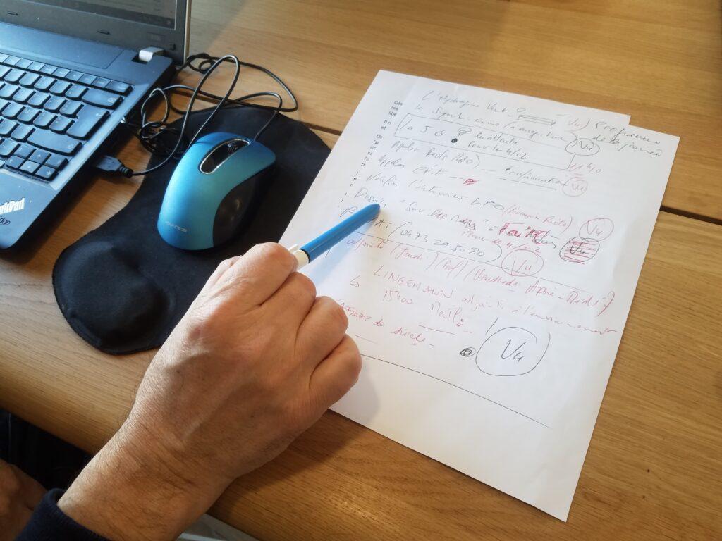 Pascal prépare sa liste de sujets